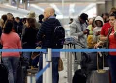Funcionarios De EE. UU. Piden Una Respuesta Dura Si La Caravana de Migrantes Invaden la Frontera.