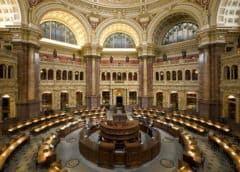 Gran expectación en la Asamblea de Madrid a pocos minutos de que Cifuentes comparezca para dar explicaciones sobre su máster