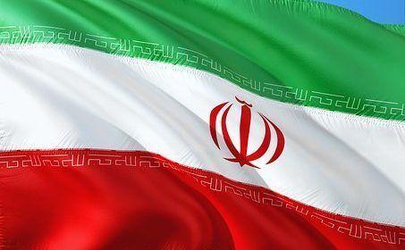 Irán pide garantías sobre pacto nuclear tras salida de EEUU