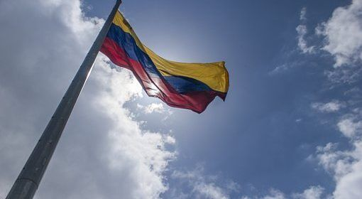 Marco Rubio: El mundo está viendo la farsa en Venezuela