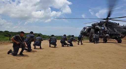 EEUU, Japón acuerdan continuar ejercicios militares