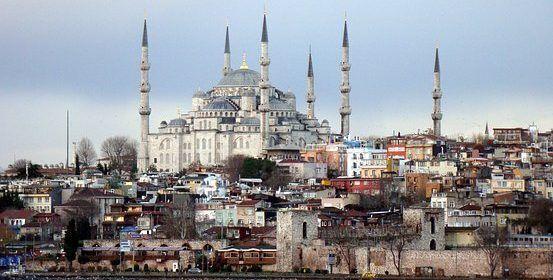 El ambicioso y controversial proyecto con que Turquía quiere abrir un canal artificial entre Europa y Asia