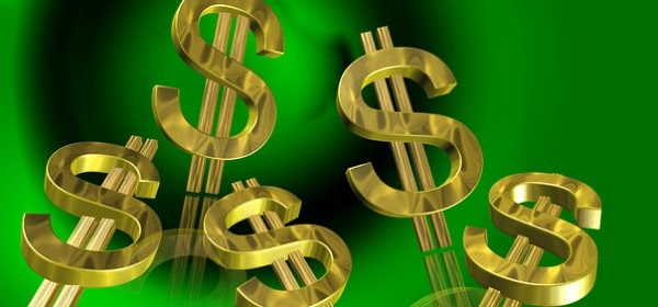 Veto a salario mínimo vuelve a enfrentar a Giménez con dueños de negocios en Miami-Dade