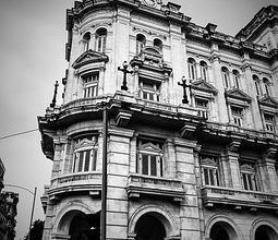 Cuba aumenta restricciones para compraventa de viviendas en zonas turísticas