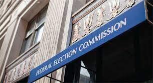 Organización sin lucro presenta queja ante Comisión Federal Elecciones campaña de Clinton, y DNC sobre expediente.