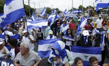 Grupos de DDHH: Cientos arrestados en represión en Nicaragua