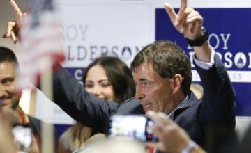 Elección al Congreso en Ohio muy reñida, demócratas, republicanos miran a noviembre