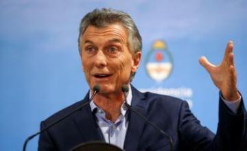 El peso se desploma en Argentina pese a aceleración de desembolsos del FMI