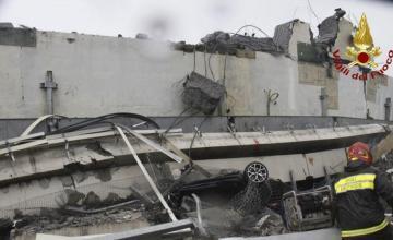 Suben a 39 los muertos por colapso de puente en Génova