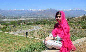 Malala pide reconstruir escuelas incendiadas en Pakistán