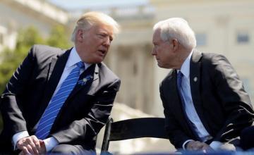 Trump pide a fiscal general Sessions poner fin a investigación rusa