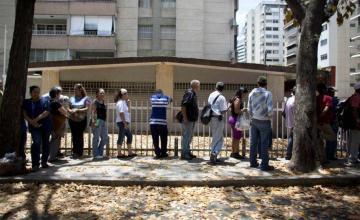 Crece la incertidumbre por reconversión monetaria en Venezuela