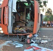 Decenas de heridos al volcarse camión de pasajeros en Cuba