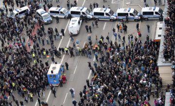 Nueve heridos en enfrentamientos entre pro y antiextranjeros en Alemania