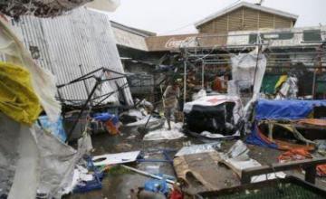 Deslave en Filipinas mata a unas 15 personas, entierra casas