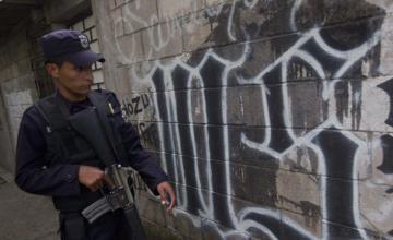 Partidos de derecha abren puerta para diálogo con pandillas en El Salvador