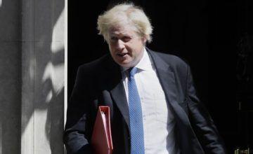 Ex ministro Johnson critica las políticas del Brexit de May