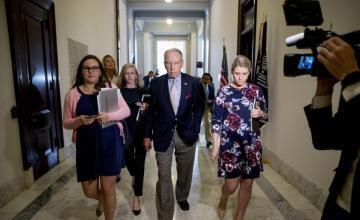 Senado de EE.UU. amenaza con votar el lunes nominación de juez Kavanaugh