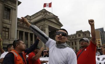 Juez peruano acusado de corrupción pide asilo en España