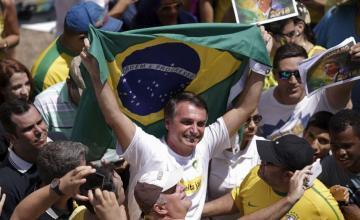 Bolsonaro, decidido a extraditar a italiano Battisti si llega al poder en Brasil