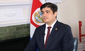 """Costa Rica: qué es el """"combo fiscal"""", la polémica reforma que tiene sumido al país en la peor huelga en casi 2 décadas"""