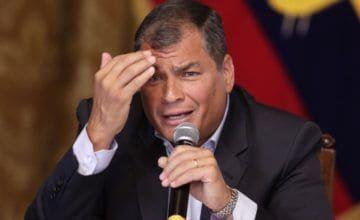Ex agente detenida declaró que fue presionada para declarar a favor de Correa