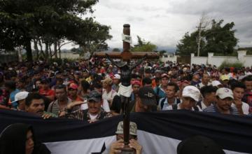 México pide apoyo a la ONU ante caravana de migrantes