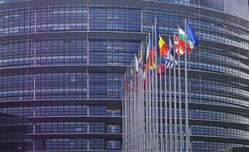 La Eurocámara exige a los gobiernos de la UE que dejen de vender armas a Arabia Saudí