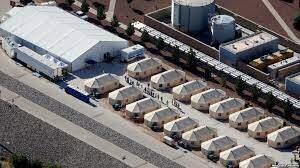 Donald Trump dice que utilizará ciudad de tiendas de campaña para acabar con la caravana, y de atrapar y liberar