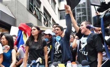 Venezuela: Liberan a activista Lorent Saleh y lo envían a España