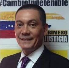 El Parlamento venezolano homenajea al concejal fallecido Fernando Albán