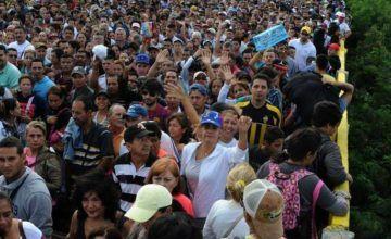 Bolsonaro descarta expulsar venezolanos de Brasil