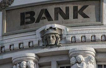 EEUU impone multa millonaria a un banco francés por violar sanciones a Cuba