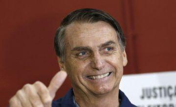 """Bolsonaro afirma en un culto evangélico que quiere ser un """"pacificador"""""""