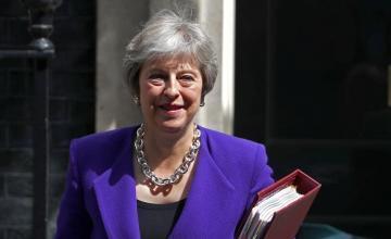 Salven nuestro Brexit: May pide apoyo a los británicos en una carta a la nación