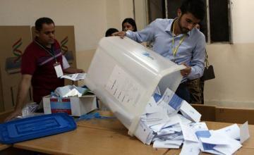 Máquinas para contar boletas en Palm Beach se recalientan y obligan el recuento de más de 170,000 votos