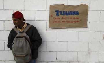 EE.UU. no presentará cargos contra 42 migrantes de la caravana