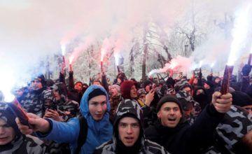 Kremlin dice que la ley marcial en Ucrania eleva tensión en el conflicto