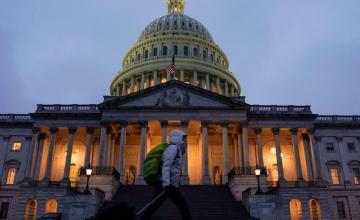 Cámara de Representante pasa al Senado ley con financiamiento para el muro