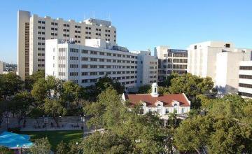Ex presidente de la red hospitalaria pública de Miami se declara culpable de evadir impuestos