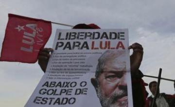 Juez brasileño emite fallo que podría dejar en libertad a expresidente Lula
