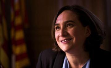 Alcaldesa de Barcelona pide en EEUU alternativa progresista ante ultraderecha