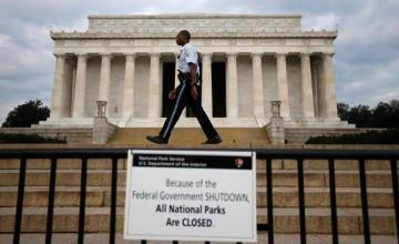 Congreso EEUU se reúne brevemente pero no toma medidas para acabar con paralización de Gobierno