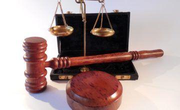 Corte prohíbe a gobierno de Trump negar asilo a migrantes