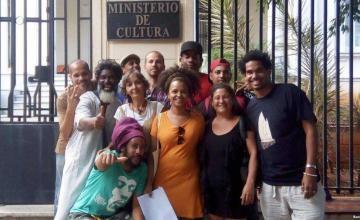 Cuba 'complementará' polémico decreto cultural tras protestas de los artistas