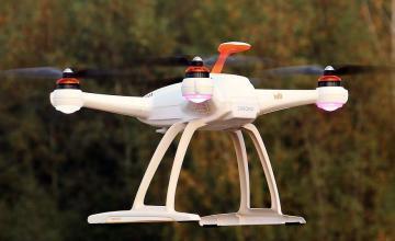 Mujeres de Florida acusadas de usar avion no tripulado (drone ) para la entrega de tabaco en prisión