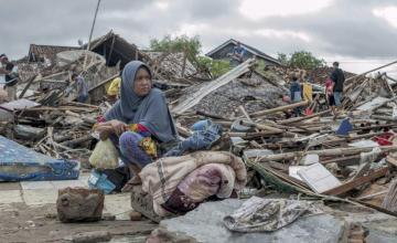 Indonesia: Al menos 281 muertos y más de 1.000 heridos por tsunami