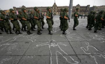 México: Ejército toma control de tres fuerzas policiales