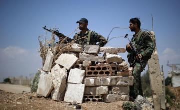 Fuerzas sirias respaldadas por EEUU recuperan ciudad de manos del Estado Islámico