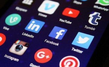 Trump acusa a Facebook, Twitter y Google de favorecer a los demócratas